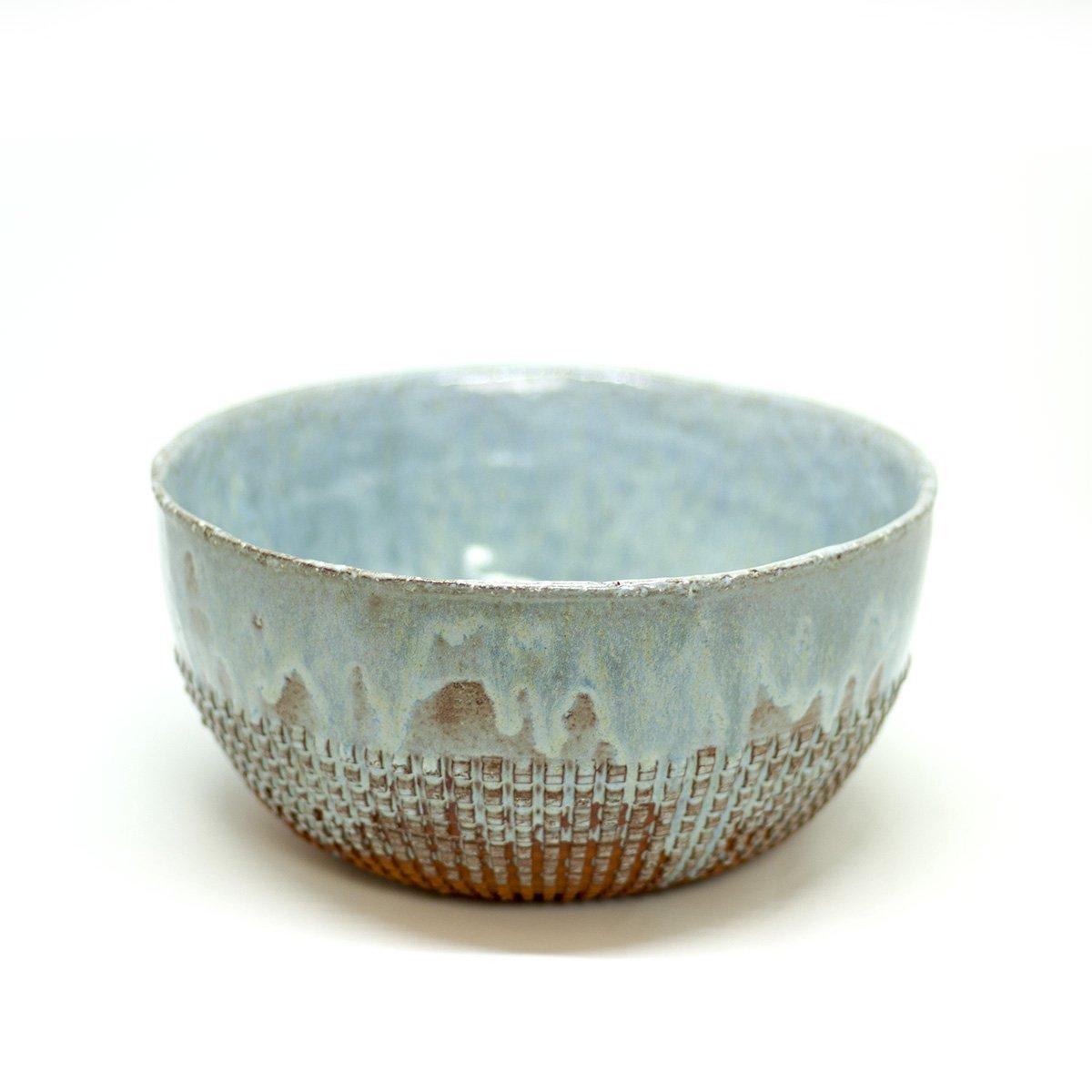 dast kleipers kom blauw keramiek handmade hadngemaakt salad bowl saladekom blue een stip